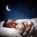 copil_adormit_noaptea